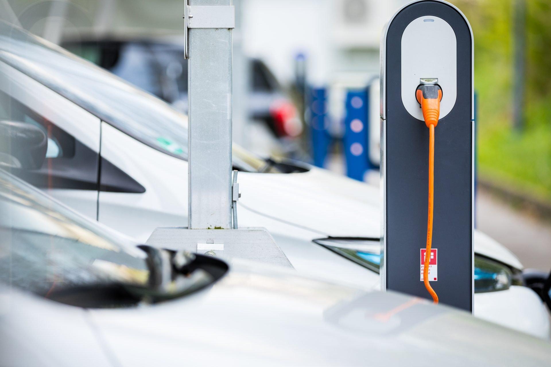 Charging Ladepunkt E-Mobilität Laden