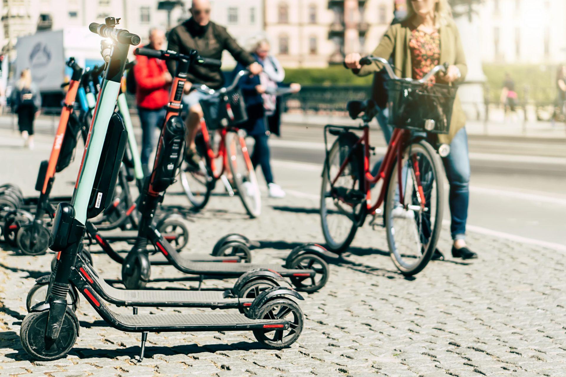 Fahrrad und e-scooter